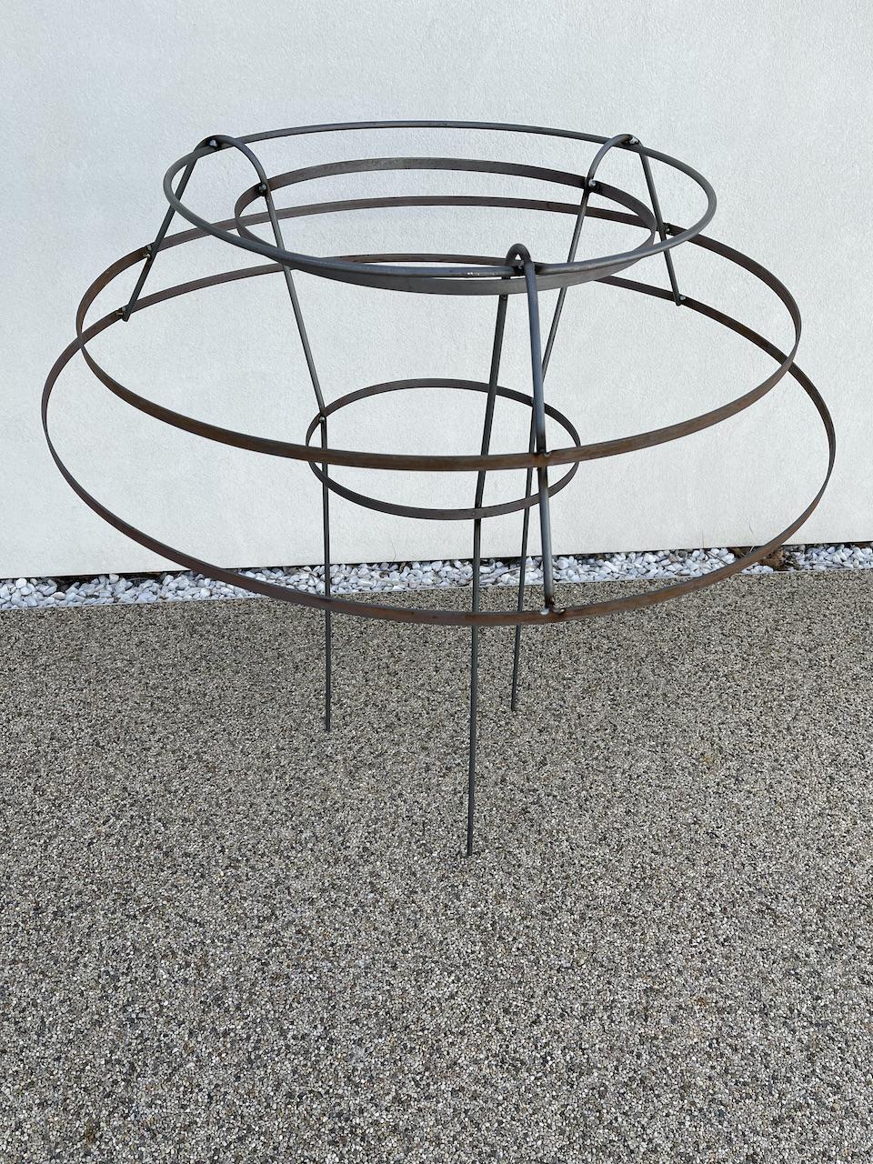 Basic Plant Support - The Gardeners Blacksmith - Jonne Ceserani